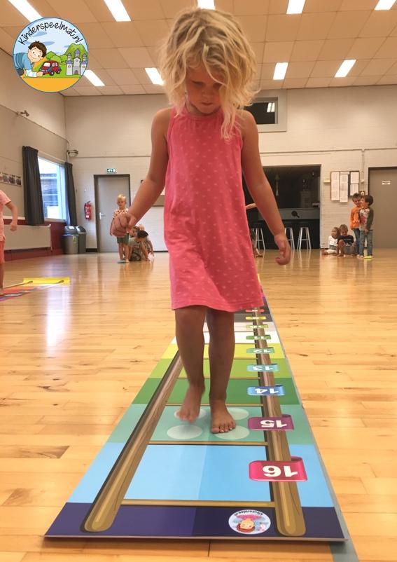 Laddermat springen, kinderspeelmat