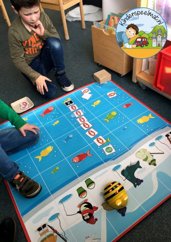 Bee-Bot mat Noorpool Zuidpool, kinderspeelmat