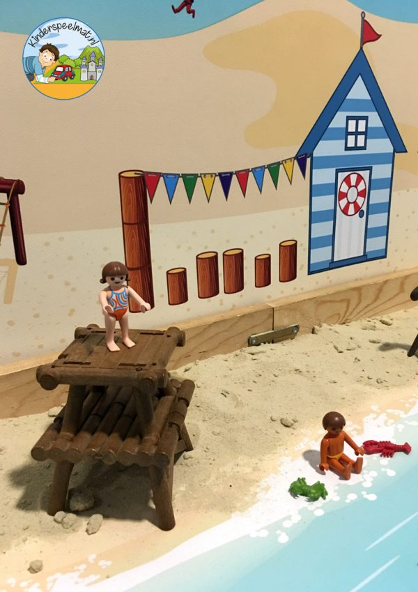 Duinenachtergrond met strandhuisjes 10 b, kinderspeelmat