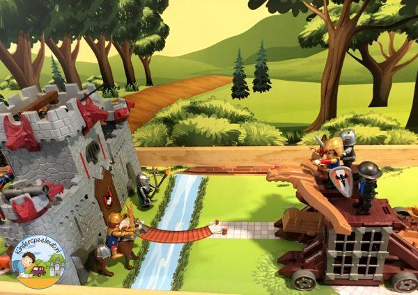 Speeltafel met Bosachtergrond en Parkmat 2, kleuteridee