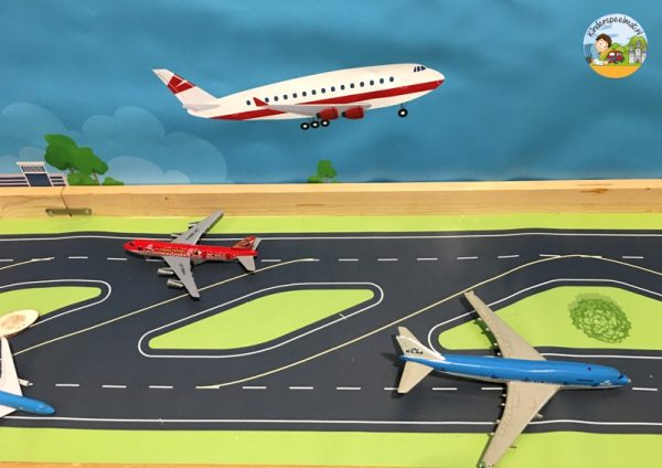 Start-en landingsbaan vliegveld 2 , kinderspeelmat