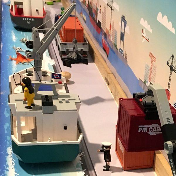 Watermat voor de haven 4, kinderspeelmat