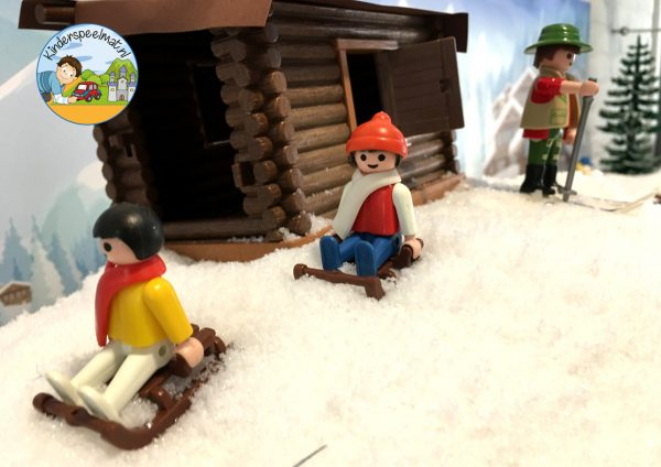 Achtergrond bergen winter 10 , kinderspeelmat