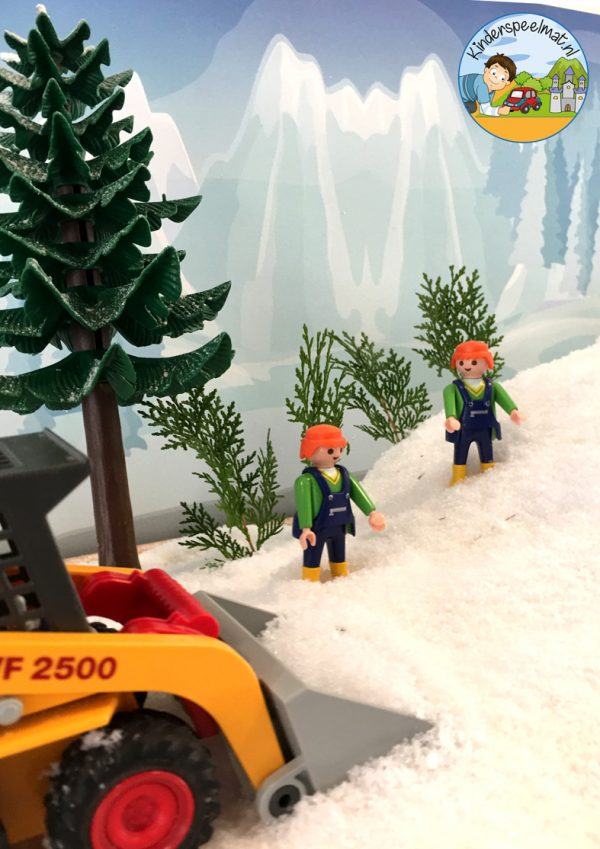 Achtergrond bergen winter 8 , kinderspeelmat